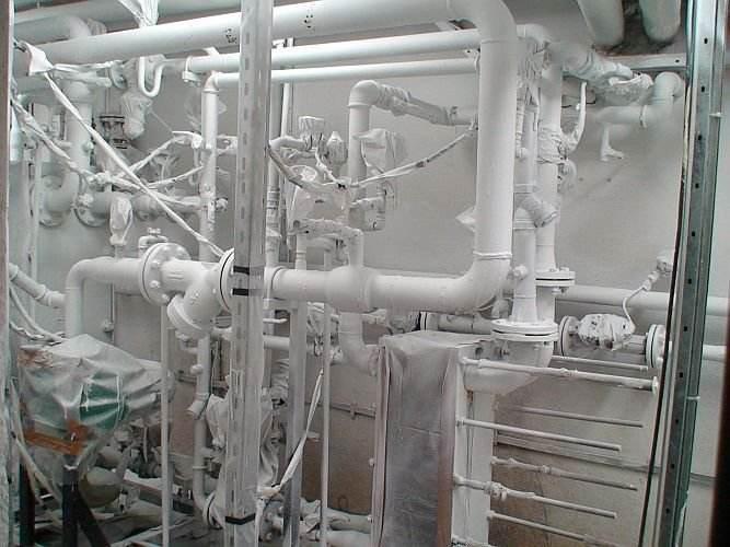 Izolare tevi,conducte,robineti punct termic RADET - Bucuresti iunie 2011